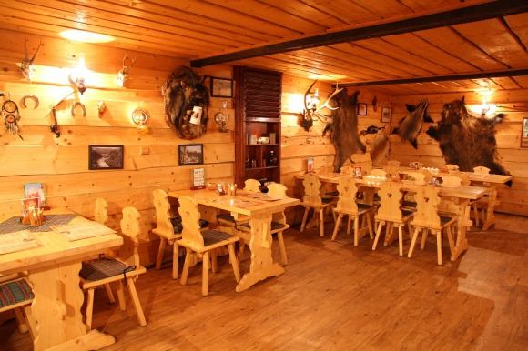 Country-saloon-restaurace